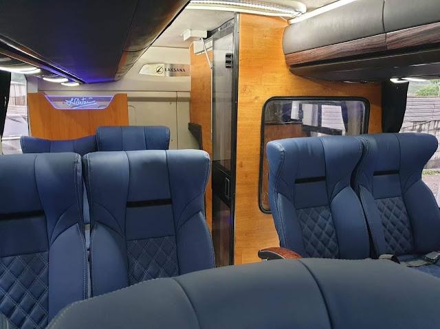 Interior Bus Tingkat Dek Atas Sukun