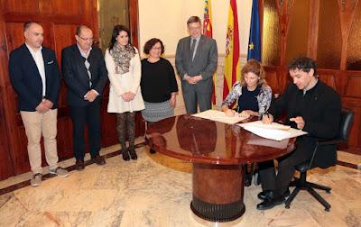 La Generalitat apoyará la promoción de las Fiestas de la Magdalena y sus gaiatas como gran evento turístico de la Comunitat
