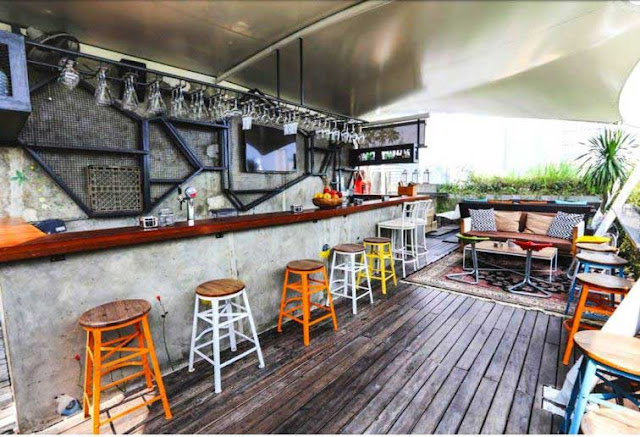 Awan Lounge - Tempat Makan Murah di Jakarta