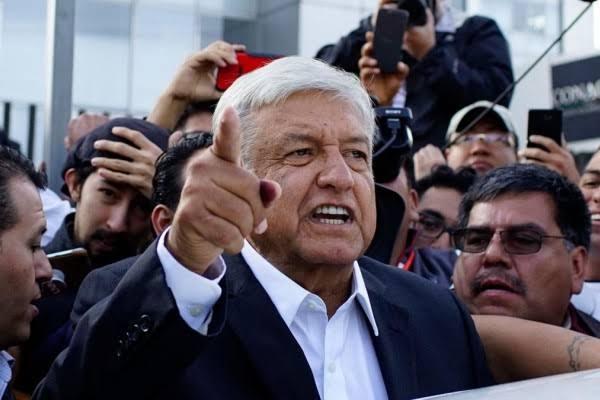Presiden Meksiko: Saya akan Pakai Masker jika Meksiko Bebas dari Korupsi