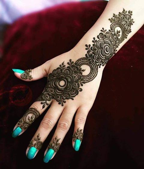 Pakistani Mehndi Designs for Eid Images