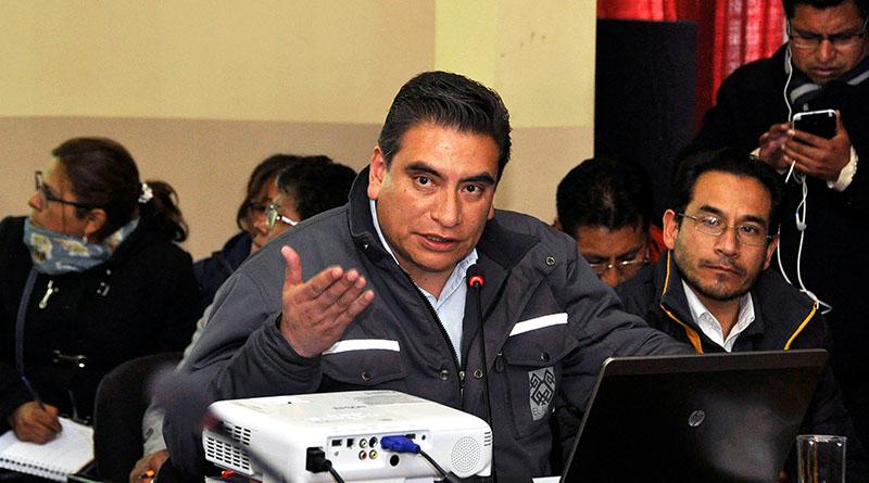 El secretario Municipal de Planificación del GAMEA,  Manuel Bellido