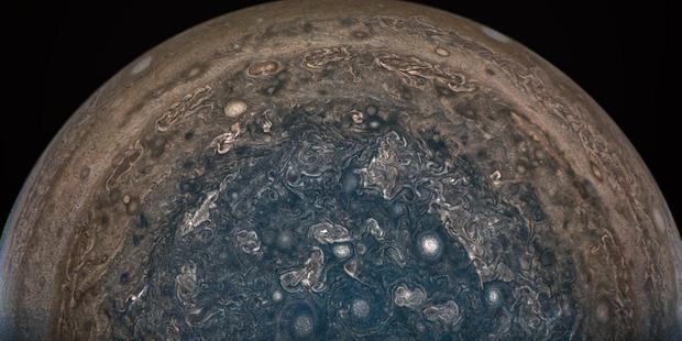 NASA stunning image of Jupiter's south pole