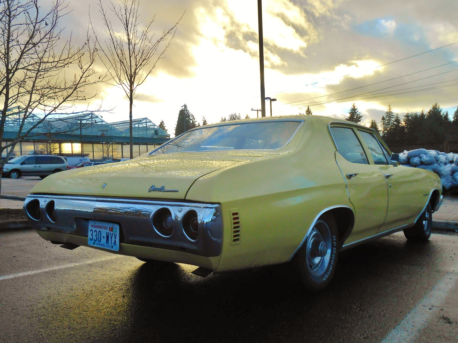 Seattle s Parked Cars  1972 Chevrolet Chevelle Sedan 1972 represented the last year of the 2nd gen Chevelle  and the end of an  era  as the new  73 cars represented a shift toward the personal luxury cars  that