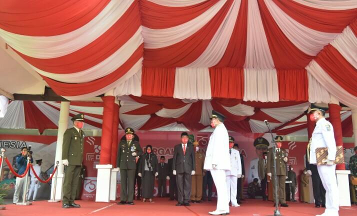 Suasana upacara Hut Proklamasi RI di SKPD Sidrap