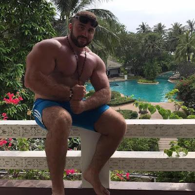 Syrian Muscle Hunk Ayman Bawadkji