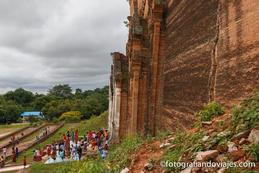 Pahtodawgyi: la pagoda inacabada de Mingun cerca de Mandalay