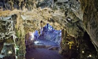 Cuevas de San Miguel en Gibraltar, turismo