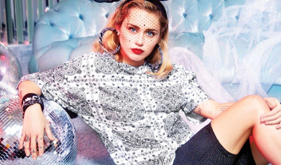 Miley Cyrus Buang gambar dalam Instagram | Buletin Malaysia