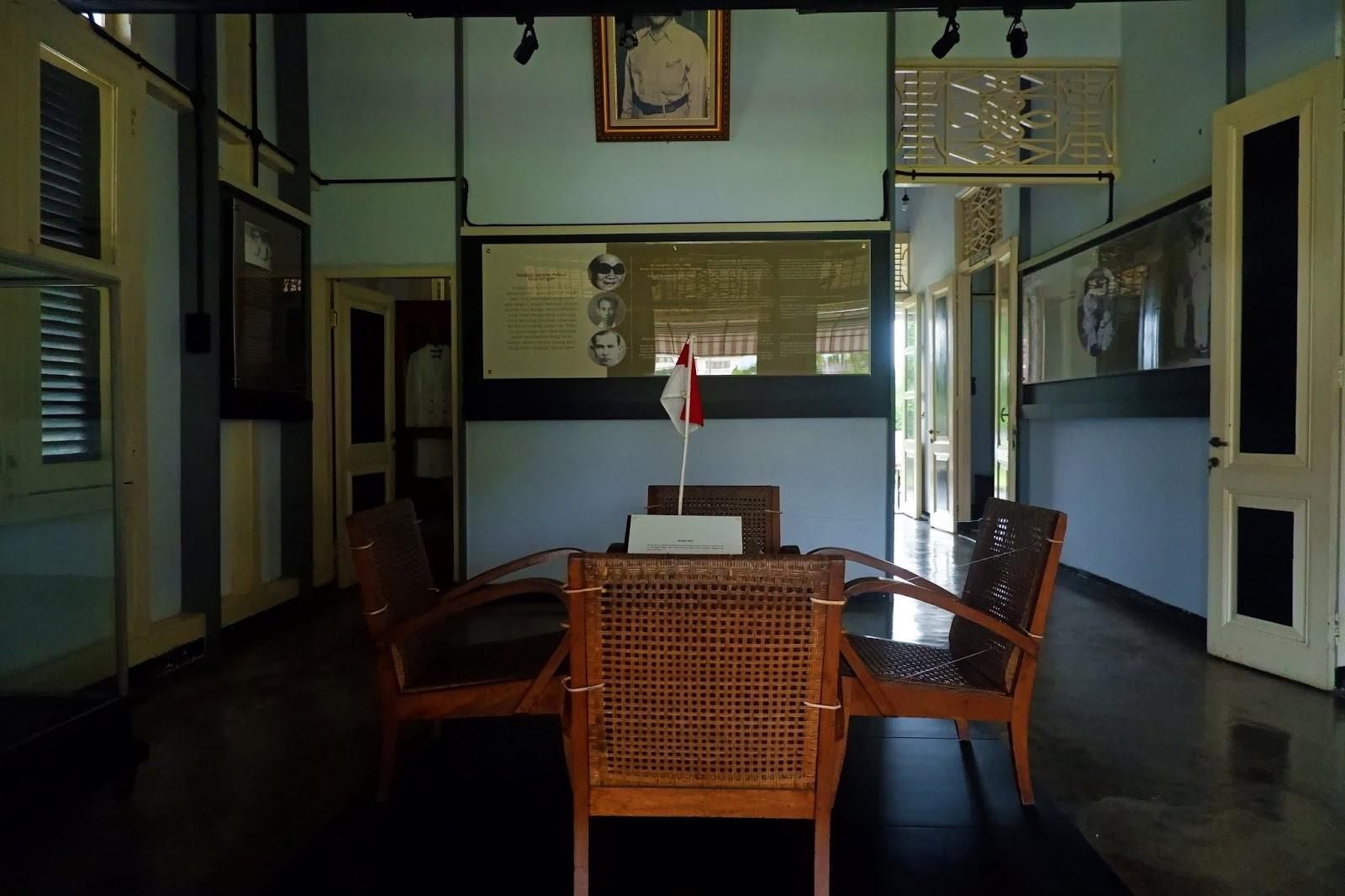 ruang tamu rumah bung karno