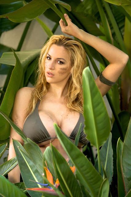 Jordan-Carver-Schungel -hot-sexy-photoshoot-Image-2