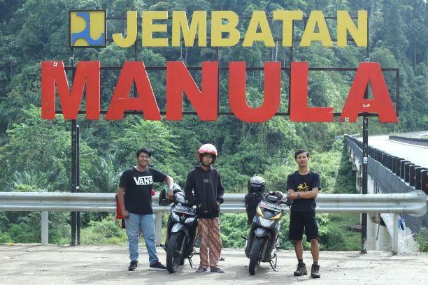 jembatan Manula