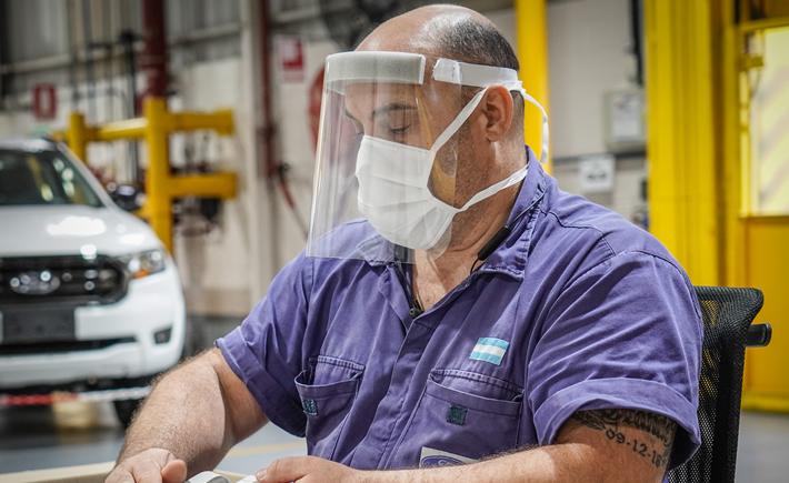 De acuerdo con el Departamento de Comercio de Estados Unidos, alrededor del 36% de las compras totales que hace ese país son manufacturas mexicanas, principalmente autopartes. (Foto: Ford Motor Company)