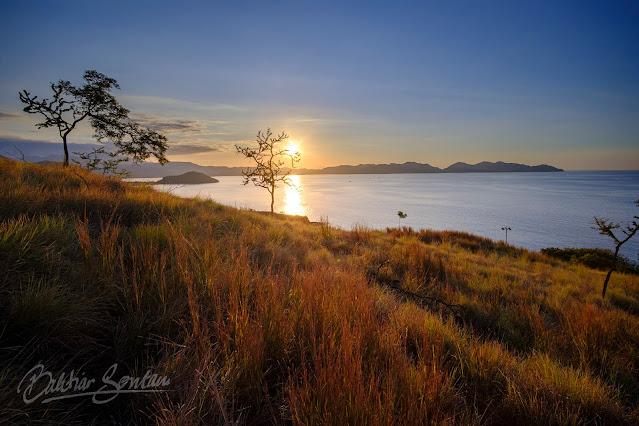 Senja di Tanjung Kajuwulu