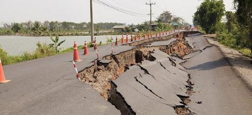 6 Penyebab Terjadinya Gempa Bumi