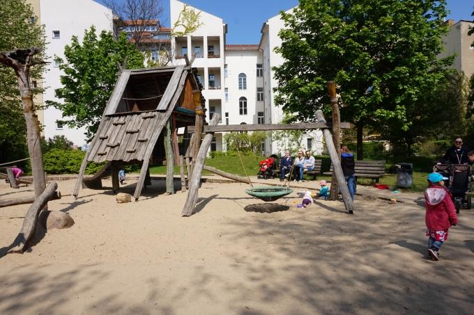Berliinissä lapsen kanssa - leikkipuistot ja leikkipaikat