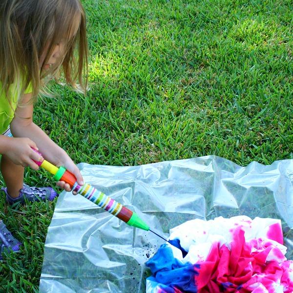 water shooter tie dye