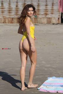 Blanca+Blanco+in+narrow+Yellow+Swimsuit+Sexy+shaved+Pussy+Almost+Visible+WOW+SexyCelebs.in+Exclusive+007.jpg