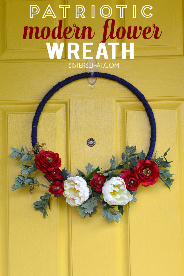 lovely and easy patriotic modern flower wreath using yarn and fake flowers