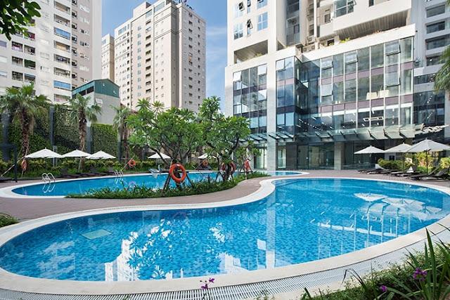 bể bơi là yếu tố nổi bật nhất tại rivera park nghĩa tân