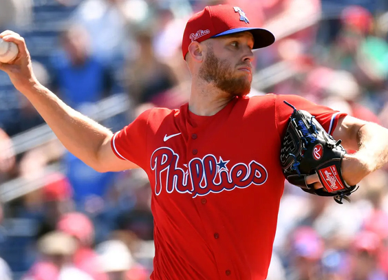 Wheeler pitches well for Phillies in loss