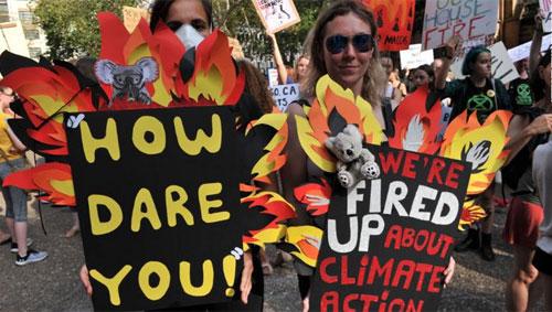 Ribuan memprotes kebijakan iklim pemerintah di Australia 02:28