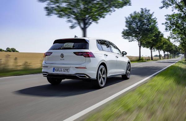 VW Golf GTE 2022