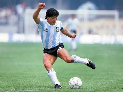 شاهد.. هدف أسطورة الأرجنتين ديجو أرماندو ماردونا في مرمى إنجلترا في قلوب محبيه بعد 34 سنة