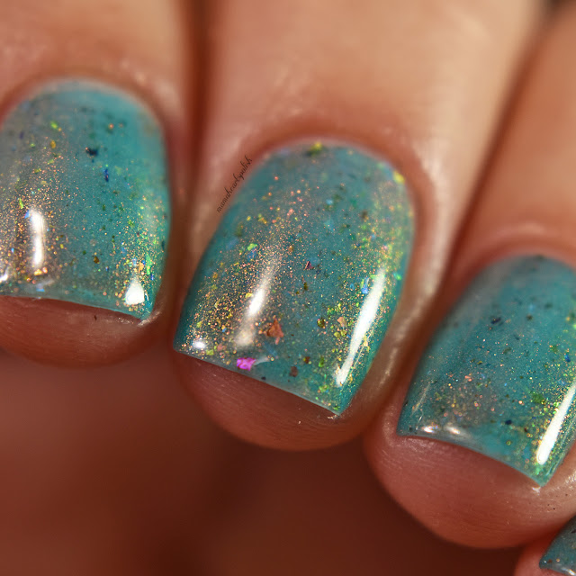 sassy-cats-lacquer-ocean-wildfires-2-coats-macro-1