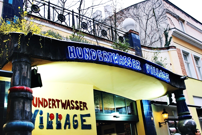 48h in VIENNA Hundertwasser village