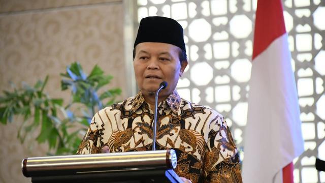 Hidayat Nur Wahid : Tolak Omnibus Law Cilaka, Jika Cabut Kewajiban Halal