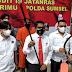 Ancam Warga Pakai Sajam, Preman Kampung Nangis saat Ditangkap