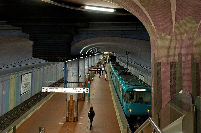 frankfurt am main known as frankfurt westend s d nord districts of frankfurt. Black Bedroom Furniture Sets. Home Design Ideas