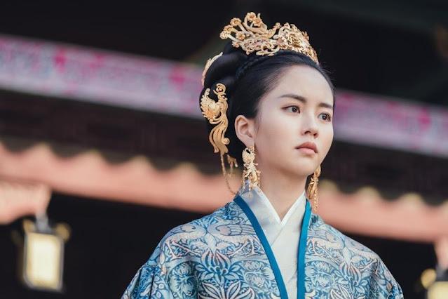 Kim So Hyun sebagai Ratu Yeon Drama River Where The Moon Rises