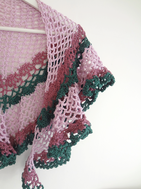 Fresh off the hook – spring scarf