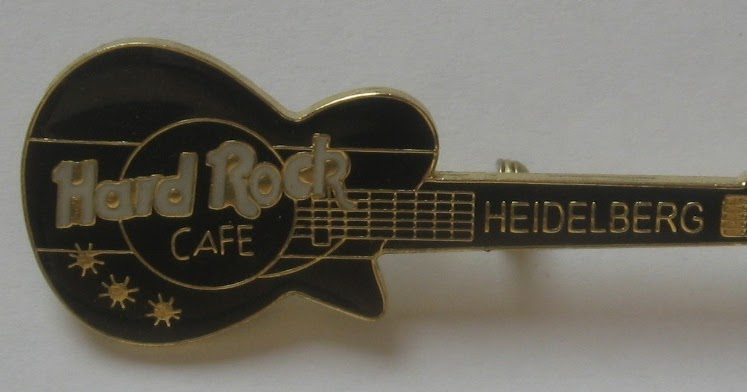 Pins Hard Rock Cafe Paris