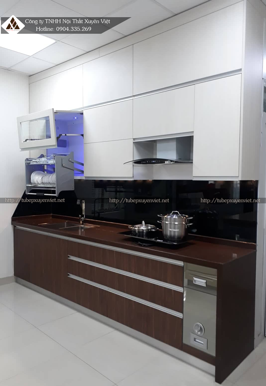 Tủ bếp nhựa vân gỗ số 176 Đường Láng, Hà Nội