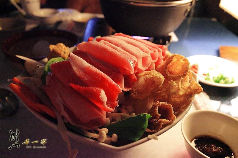 清境火鍋|清境美食|嵐山小鎮|全台最高海拔PUB|浪漫玻璃屋餐廳