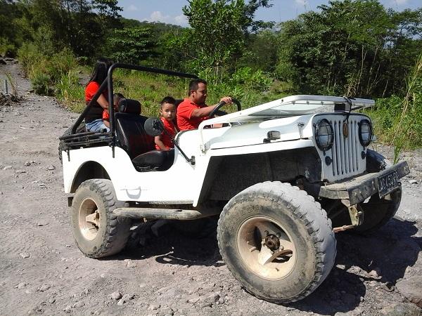 Penyewaan Jeep Merapi Jogja