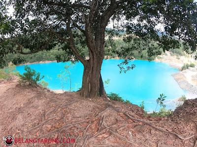 Biru Turquoise Air Tasik Bukit Ibam
