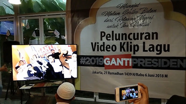 Video Clip Lagu 2019 Ganti Presiden