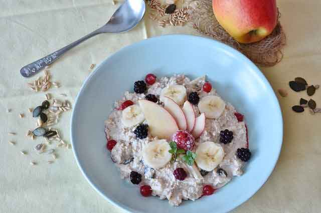 4 وجبات إفطار من دقيق الشوفان لتسريع عملية التمثيل الغذائي