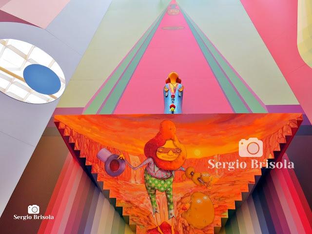 Instalação no Octógono da Pinacoteca SP (1) - OsGemeos