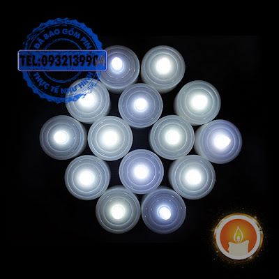 Đèn cầy điện tử ánh sáng màu trắng