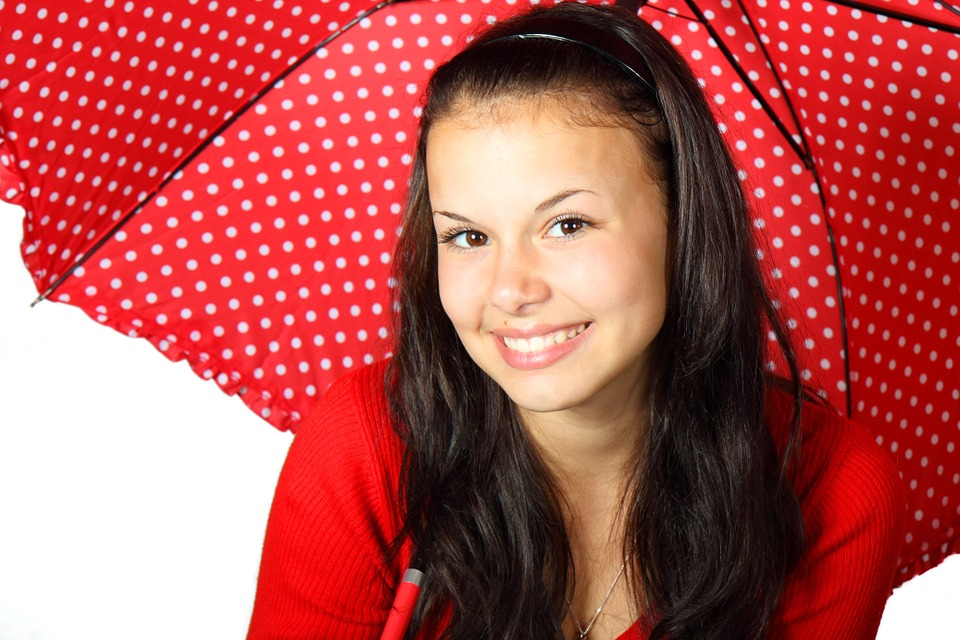 https://pixabay.com/pl/kolor-%C5%82adny-twarz-kobiet-15644/