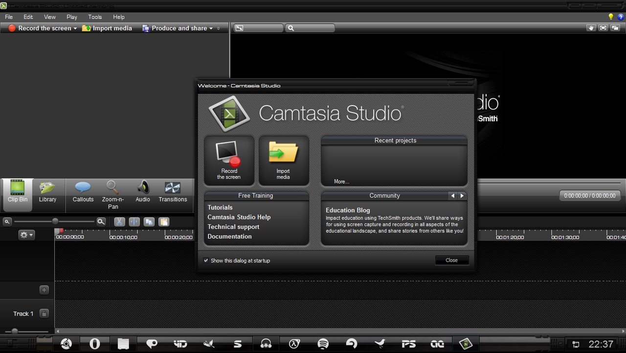 Camtasia Studio 8 Full here