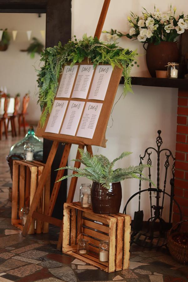 Romantyczne wesele w stodole