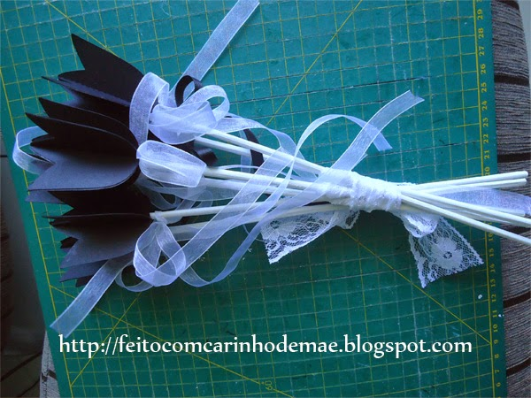 buquê de tulipas de papel