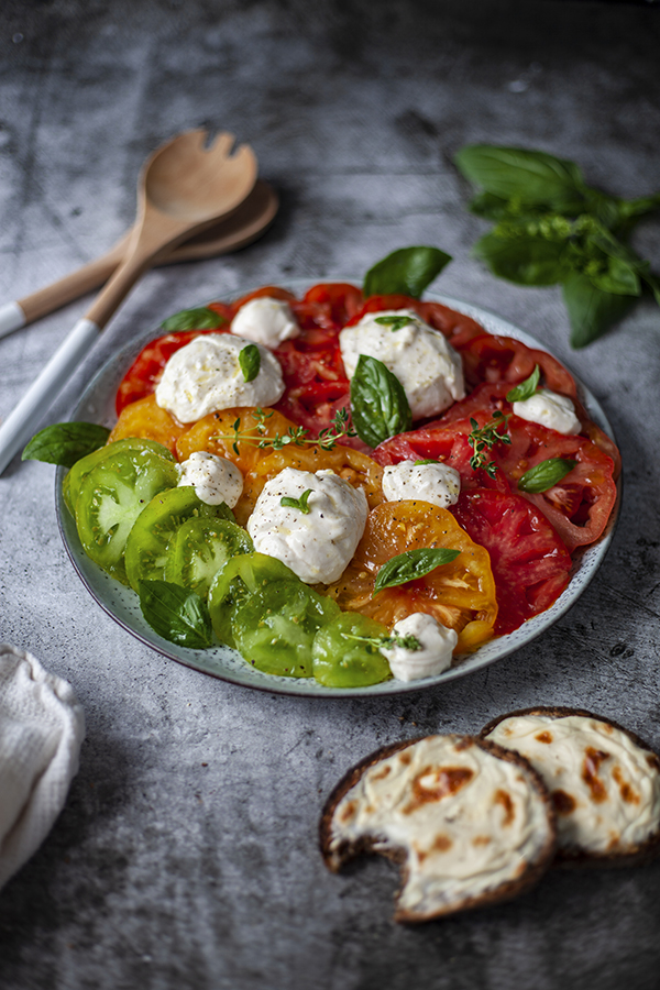 Tomates & mozzarella vegan