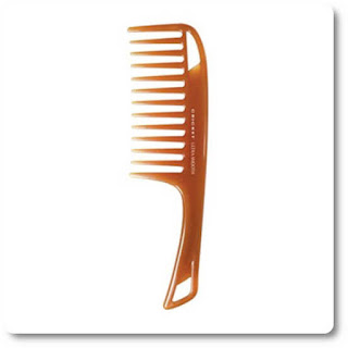 Cricket shower comb with Keratin